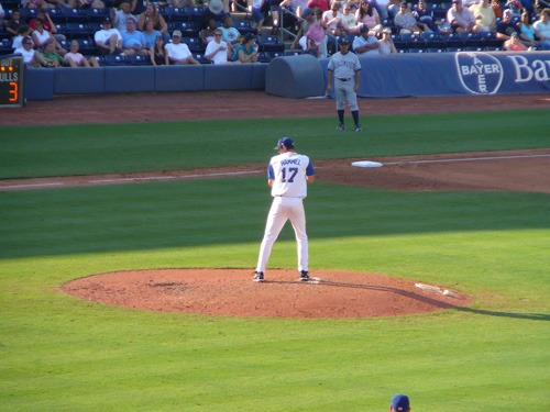 Jason Hammel on the mound